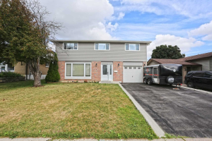 439 Bartley Bull Pkwy, Brampton
