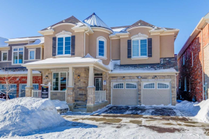 1424 Connaught Terr, Milton