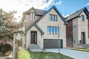 765 Glengrove Ave W, Toronto
