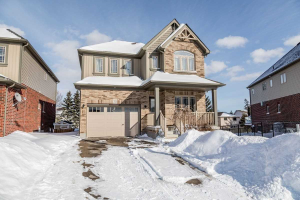 75 Laverty Cres, Orangeville