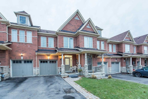 103 Royal Vista Rd, Brampton