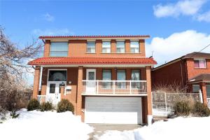 70 Home Rd, Toronto