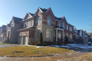 26 Interlacken Dr, Brampton