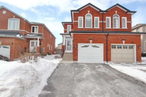 3156 Clayhill Rd, Mississauga