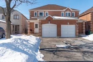 11 Kitto Crt, Brampton
