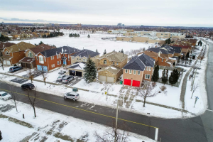 5196 Warwickshire Way, Mississauga