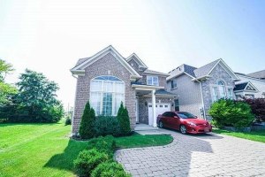 2020 Grand Oak Tr, Oakville