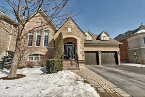 13 Eaglesprings Cres, Brampton