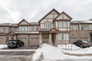 126 Bond Head Crt, Milton