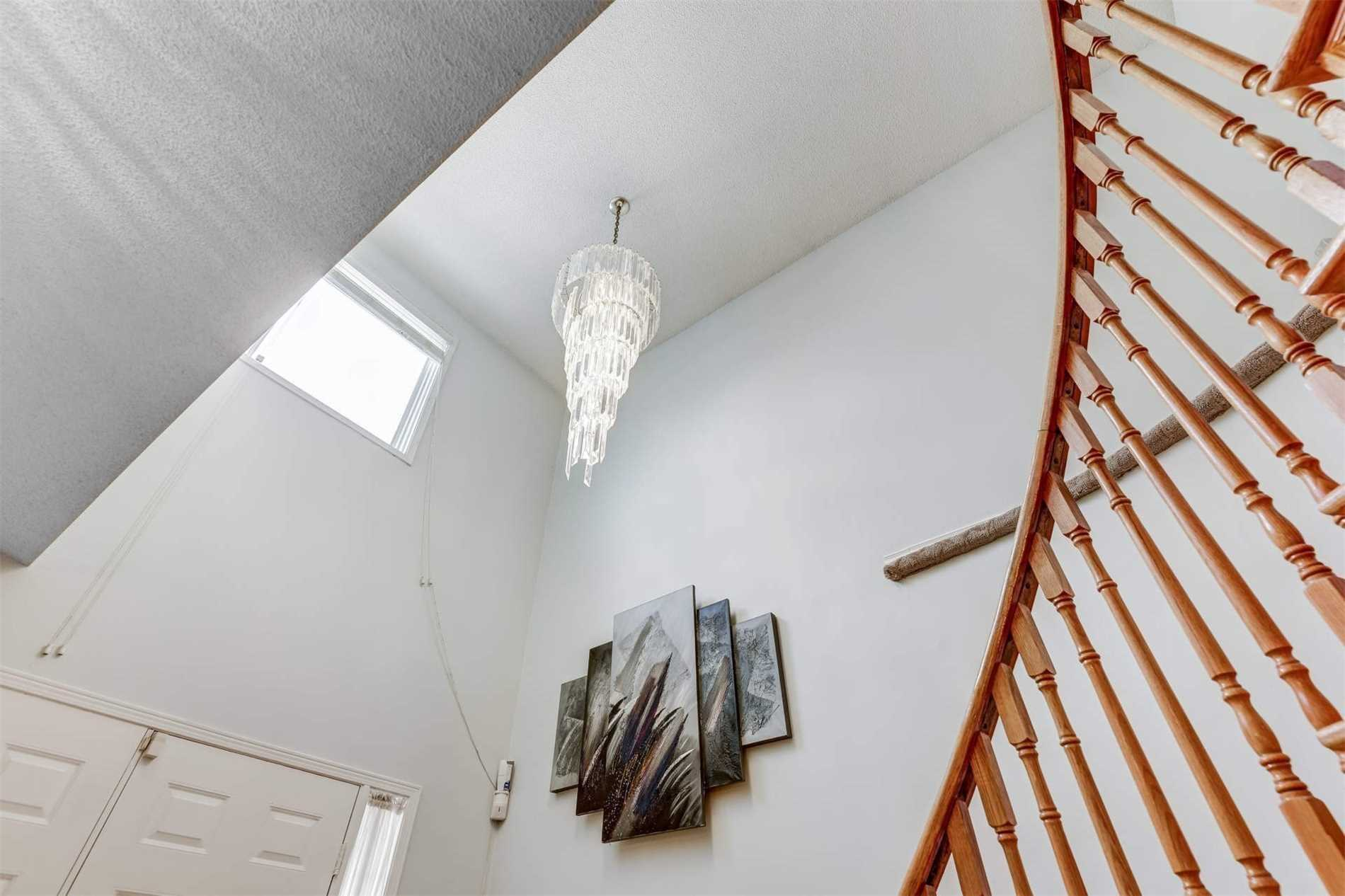 Listing W4381907 - Thumbmnail Photo # 3