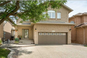 2407 Valley Heights Cres, Oakville