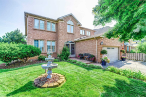 1443 Cobbler Lane, Oakville