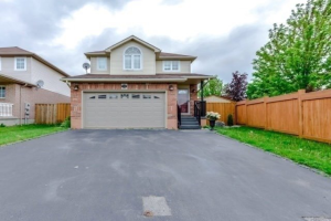 215 Churchill Rd S, Halton Hills