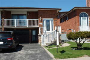 163 Arleta Ave N, Toronto
