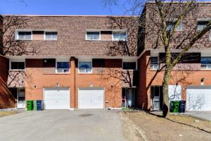 1673 Albion Rd, Toronto