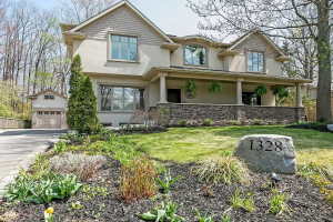 1328 Devon Rd, Oakville
