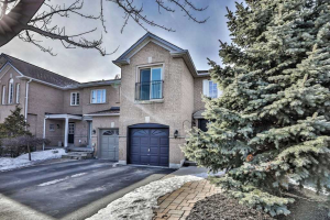 349 Ravineview Way, Oakville