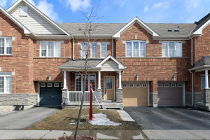 37 Tomabrook Cres