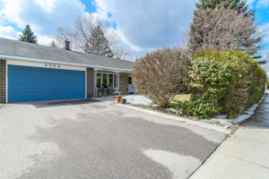 2346 Cliff Rd, Mississauga