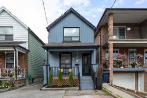 18 Thornton Ave, Toronto