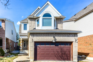 $759,400 • 19 Townley Cres , Heart Lake