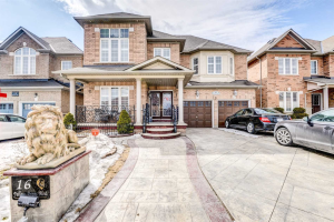 16 Yellow Avens Blvd, Brampton