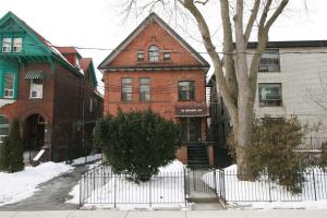 20 Maynard Ave, Toronto
