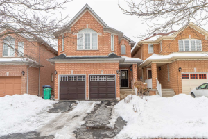 25 Golden Eagle Rd, Brampton