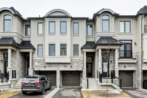 604 Mermaid Cres, Mississauga