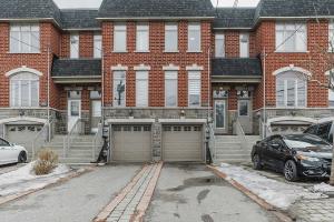 1145B Roselawn Ave, Toronto
