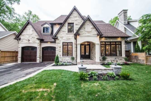56 Mississaga St, Oakville