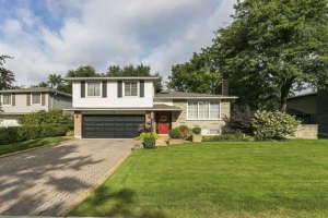 28 River View Dr, Brampton