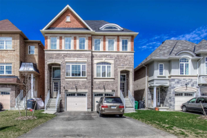 115 Preston Meadow Ave, Mississauga
