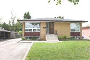 13 Chatsworth Dr, Brampton