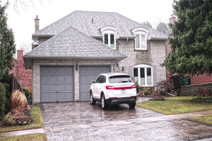 2494 Old Carriage Rd, Mississauga