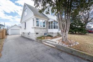 988 Garrard Ave, Mississauga