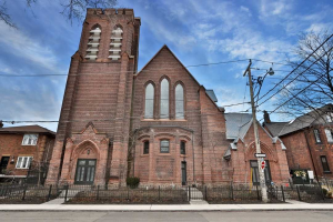 40 Westmoreland Ave, Toronto