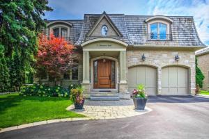 73 Thorncrest Rd, Toronto