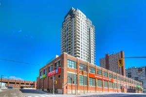 1410 Dupont St, Toronto