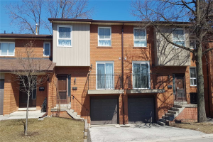 725 Vermouth Ave, Mississauga