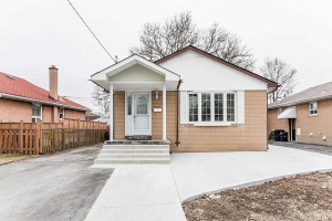 185 Elmhurst Dr, Toronto