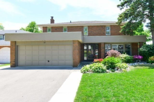 17 Pine Ridge Lane, Brampton