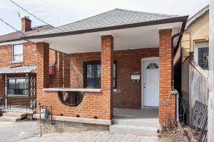 2290 Dufferin St, Toronto