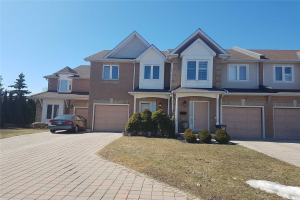 1136 Upper Village Dr, Mississauga