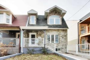11 Edith Ave, Toronto