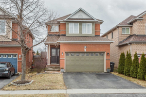 9 Blue Lake Ave, Brampton