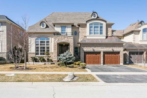 3153 Saddleworth Cres, Oakville