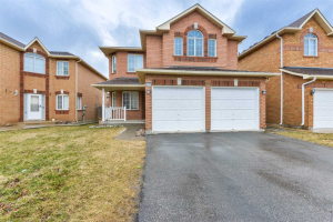 766 Knotty Pine Grve, Mississauga