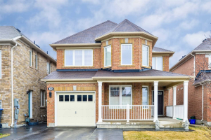 30 Birch Lake Crt, Brampton