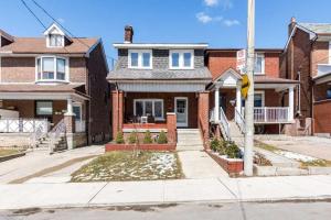 100 Mackay Ave, Toronto